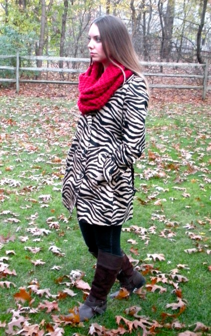 looking sideways scarf and zebra